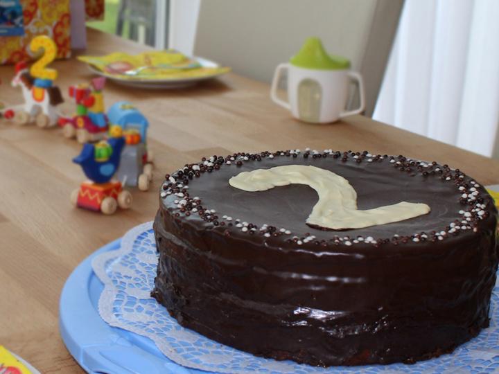 Torte für den zweiten Geburtstag