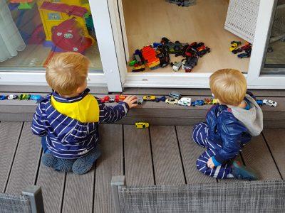Jungs und das Auto-Gen