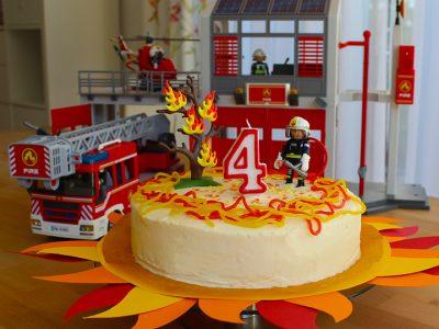 Rezept für eine Feuerwehr-Torte für kleine Feuerwehrmann Sam Fans zum Geburtstag