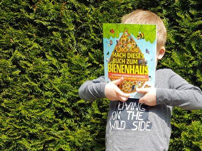 Mach dieses Buch zum Bienenhaus